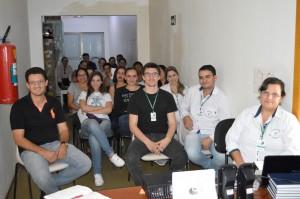 Parte dos funcionários da diretoria, enfermaria e administrativos do Hospítal São Francisco que atendem diariamente a população de Itaquiraí e região