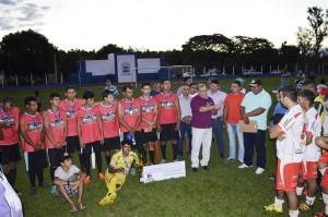 Prefeito Ricardo Fávaro ao agradecer o espírito esportivo e a participação das equipes e atletas na festa de comemoração dos 37 anos de Itaquiraí, promovida pela Prefeitura