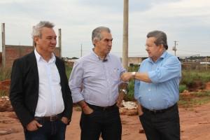Onevan, Reinaldo e Izauri 1