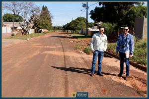 Secretário Ednelson e Engenheiro Jean Carlo fazem levantamento das vias degradadas (1)
