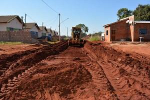 Pavimentação de ruas do Nova Era e Nova Esperança, em Itaquiraí. Obras entram em fase final (6)