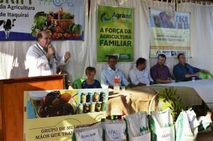 Diretor-presidente da Agraer, Enelvo Felini, destaca ações da Agência de Desenvolvimento Agrário no apoio e incentivo dos assentados de Itaquiraí