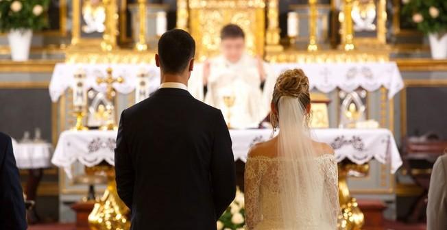 Noiva descobre traição às vésperas do casamento e se vinga no altar