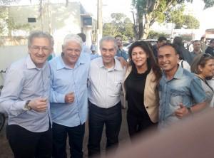 João Medina presidente do PSDB de Iguatemi, Presidente da Câmara Jesus Milane, governador Reinaldo Azambuja, prefeita Patrícia e o proprietário do Jornal e Site Por Dentro do Assunto Nei Santana.