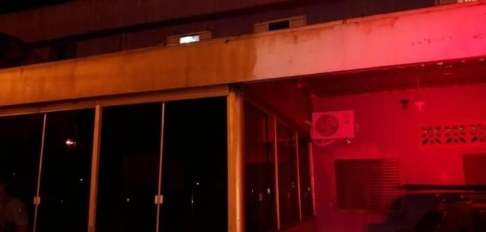 07fev2019---fachada-do-local-que-receberia-festa-com-rodizio-de-mulheres-1549640561773_v2_900x506