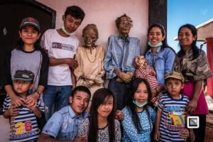 xblog_dead_family.jpg.pagespeed.ic.XlWaufznXS