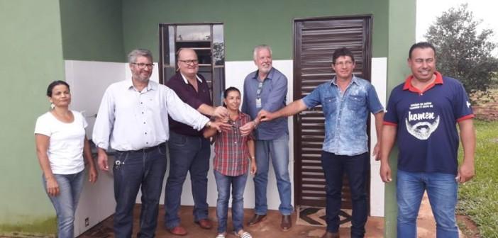 Japorã- Paulão Franjotti e Gabriel participam de entrega de 128 casas populares às famílias do Assentamento Tagros