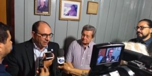 Marcelo Turine dá entrevista 1