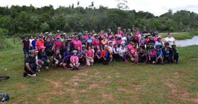 """""""PEDAL ROSA"""" contou com a participação de dezenas de ciclistas e apoiadores em Iguatemi"""